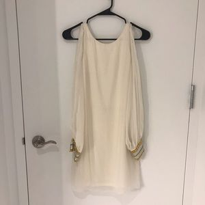 White NEW Open Sleeve Low Cut Back Dress, Size XS